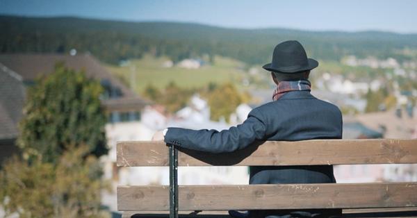 Blancpain携手梁文道发布全新《匠人·匠心》主题短片