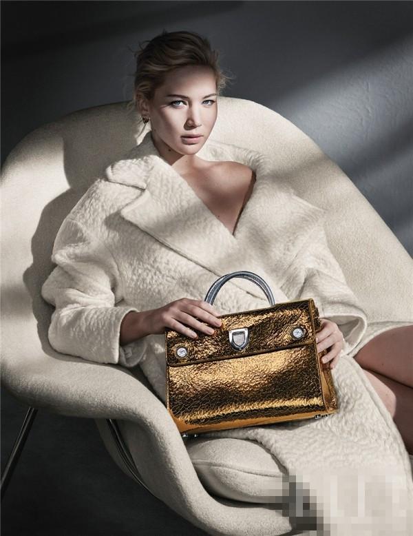 詹妮弗·劳伦斯拍摄迪奥Diorever包包广告大片