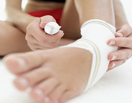 踝关节受伤 运动带来扭伤该如何治疗?