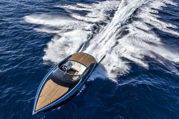 千匹马力 阿斯顿马丁推出全新AM37游艇