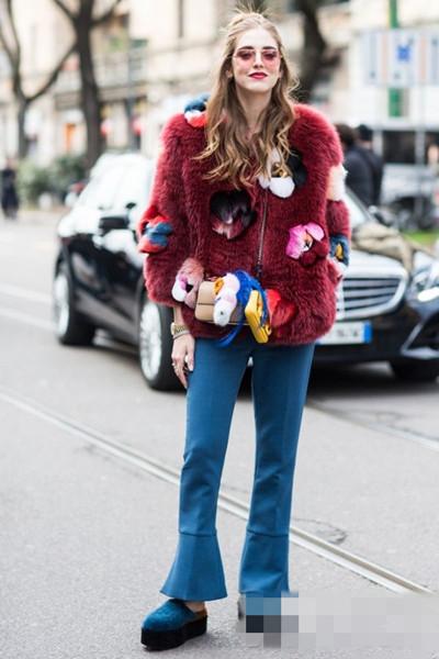 时尚博主街拍造型示范 高贵皮草这么搭才好看