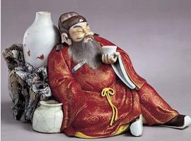 清康熙粉彩钟馗醉酒像收藏鉴赏