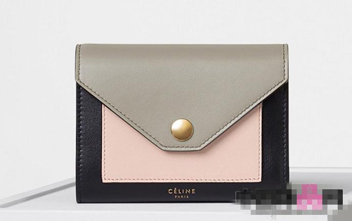 Celine推出2017春季包包系列 舒适质感取胜