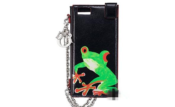 Dior最新限定青蛙系列包包 艺术感超强