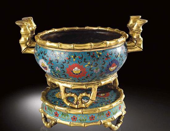 珐琅彩瓷器有哪些特征和款识