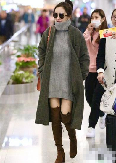 杨幂冬季街拍穿搭示范 灰色大衣才是当季最in单品