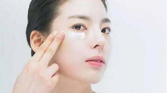 有哪些洗脸方式?不同肤质需要怎样洗脸方式?