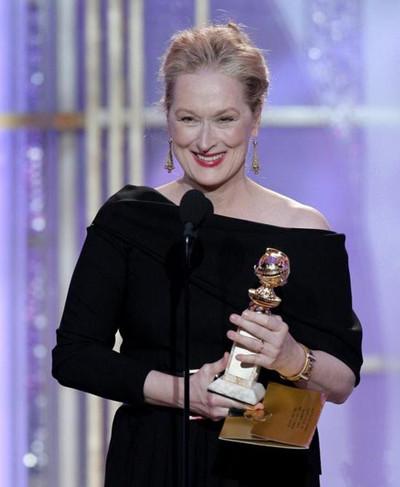 梅姨获终身成就奖 2000年以来第三位获得该奖女性