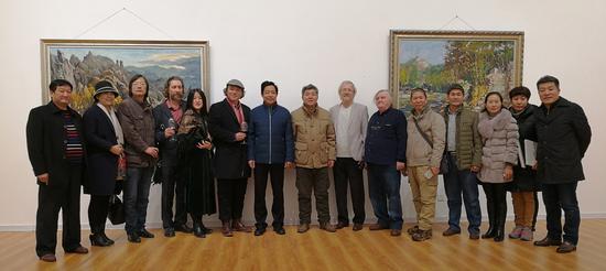 时隔五年 中俄名家油画作品再聚青州