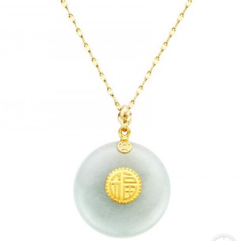 谢瑞麟珠宝推出全新金镶翡翠吊坠 良金美玉为春节添彩