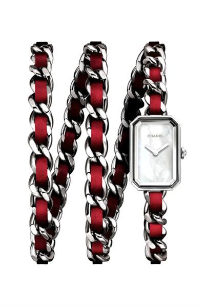 香奈儿推出全新Première系列红色表链腕表
