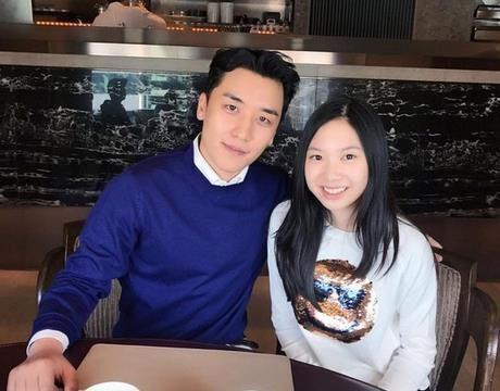 甄子丹女儿晒与Bigbang胜利合影吃午餐照片