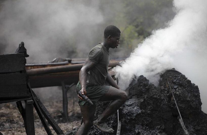 尼日利亚环境污染严重都非法炼油惹的祸
