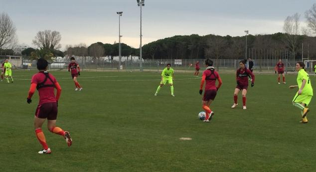 中国女足热身赛 以10-0大胜对手拉特斯队