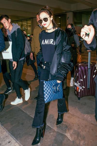初春服装流行趋势示范 粗跟鞋让你酷到爆炸