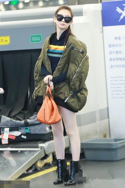 杨幂穿衣搭配技巧示范 外套一定要oversize款才够时髦