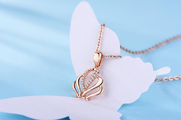周大生珠宝18k玫瑰金钻石皇冠吊坠_珠宝图片