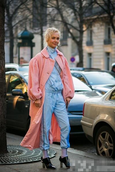时装周街拍造型示范 各种混搭层出不穷