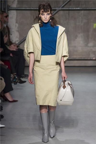 Marni(玛尼)于米兰时装周发布2017秋冬系列高级成衣