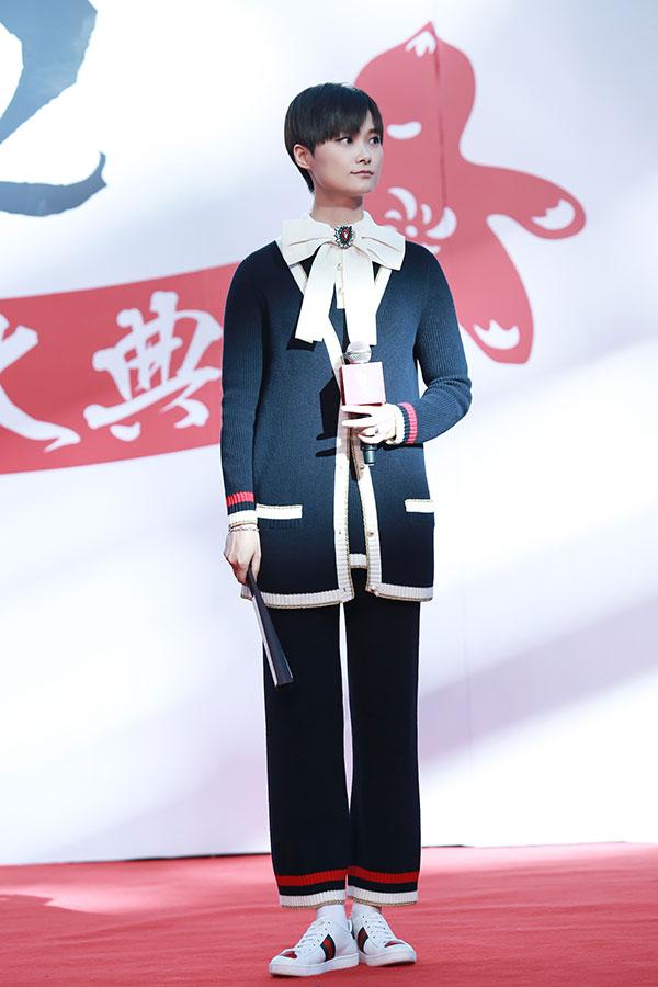 李宇春佩戴Gucci银饰品惊艳亮相《捉妖记2》北京发布会