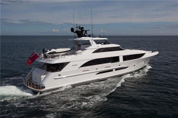 Westport打造全新112英尺高品质Black Gold超级游艇