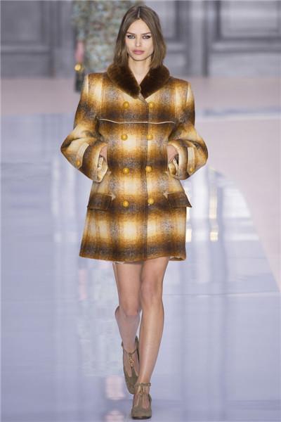 Chloe(蔻依)于巴黎时装周发布2017秋冬系列高级成衣