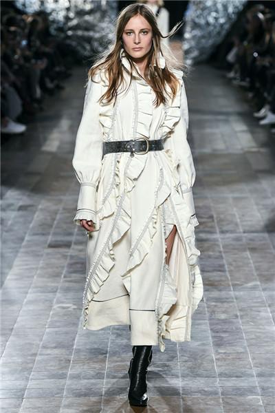 Sonia Rykiel服装品牌于巴黎时装周发布2017秋冬系列