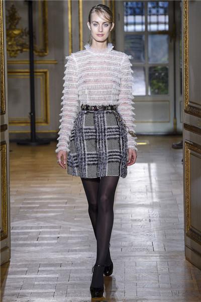 Zuhair Murad服装品牌于巴黎时装周发布2017秋冬系列