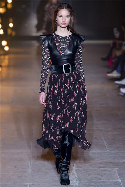 Isabel Marant服装品牌于巴黎时装周发布2017秋冬系列
