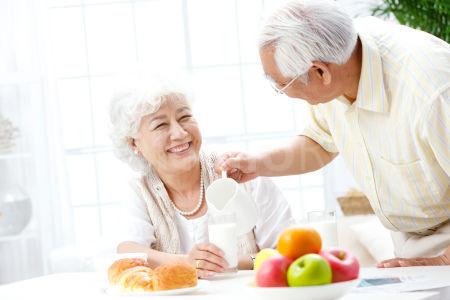 """""""太平孝心宝""""是50-80岁老人专属意外险"""