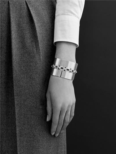 拉夫劳伦推出新款Chunky Chain系列珠宝配饰