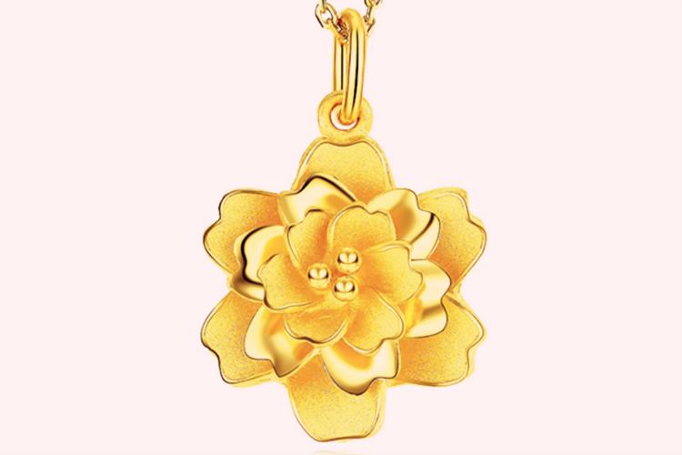 潮宏基珠宝牡丹黄金项链_珠宝图片