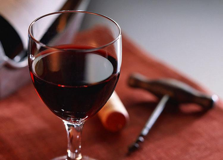 喝红酒有什么好处?红酒除了喝还能干嘛?