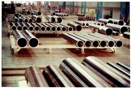 全球两大钢管巨头有望在2017年实现探底回升