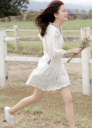 夏季穿衣搭配技巧示范 一条连衣裙省时又美丽