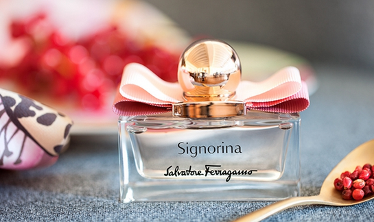 菲拉格慕推出Signorina EDP伊人女士香水