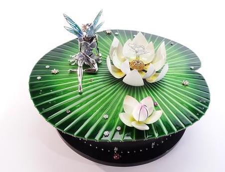 梵克雅宝发布首款作品凌波仙子自动机械人偶