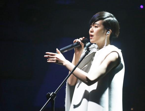 郁可唯台北演唱会共唱27首 现场歌迷直呼赚到了