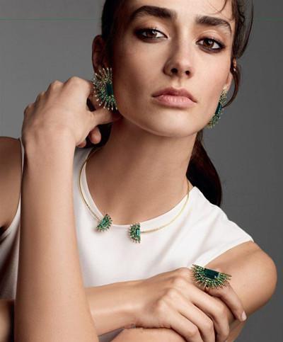 超模Amanda Googe演绎唯美华丽珠宝大片