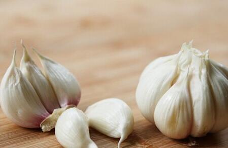 哪些白色食物能防癌抗癌?还有哪些食物对防癌抗癌有作用?
