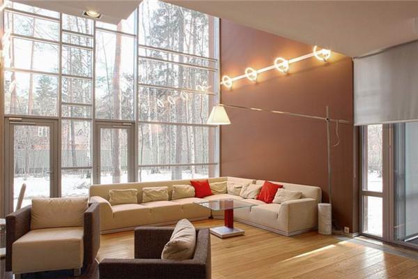 Neo-Russian豪宅:暖色内饰跟窗外冷冽形成对比