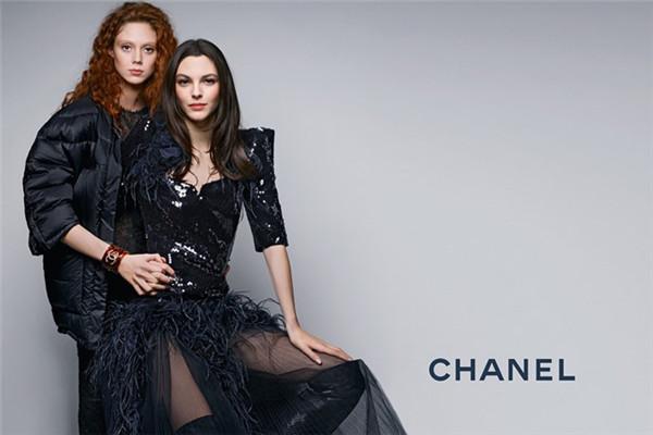 Chanel(香奈儿)释出2017早秋系列广告大片