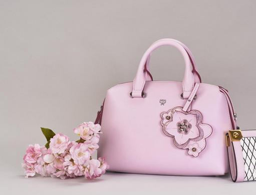 MCM推出2017春夏Ella Cherry Blossom手袋系列