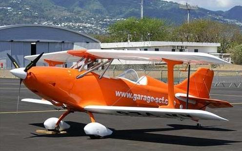 飞酷Fk-12:重量极轻的双座运动型双翼私人飞机