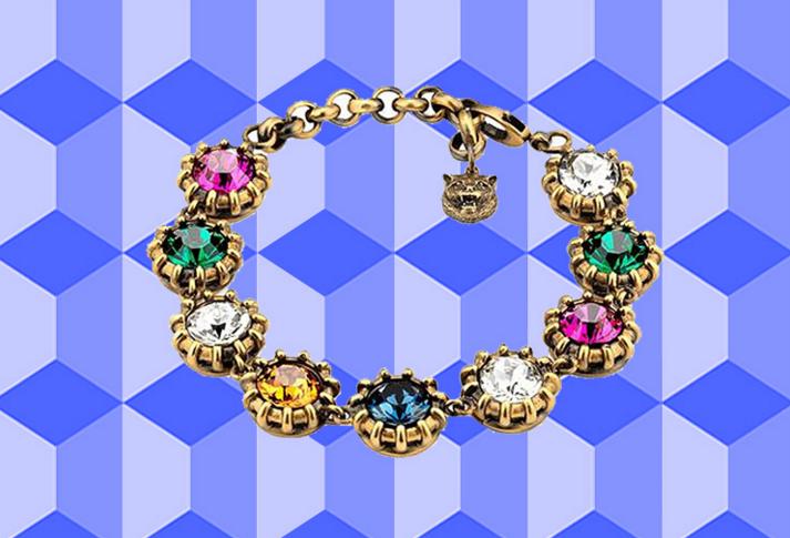 这个夏季来一件点亮全身的水晶珠宝 让极简风不再单调