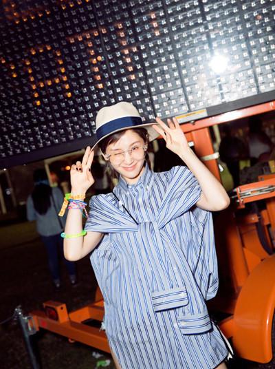 夏季穿衣搭配技巧示范 来顶帽子让你时刻帅气逼人