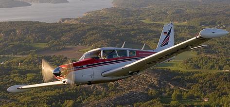 科曼奇250:值得更好的评价的轻型私人飞机