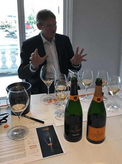 凯歌香槟酒庄推出全新特级干型极老香槟