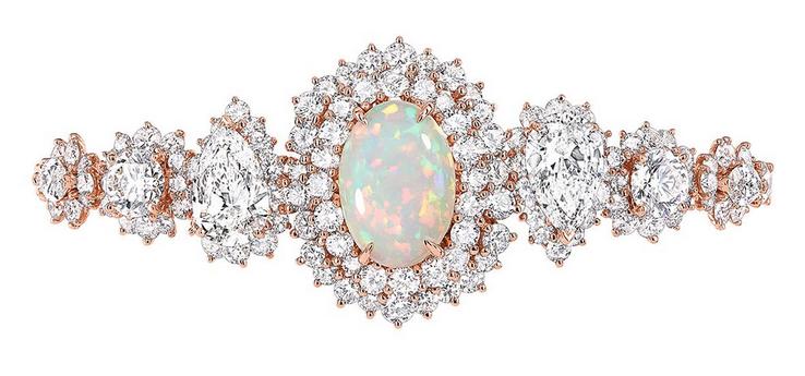 DIOR迪奥推出蛋白石高级珠宝系列