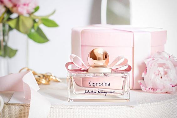 菲拉格慕推出Signorina伊人系列香水献礼母亲节